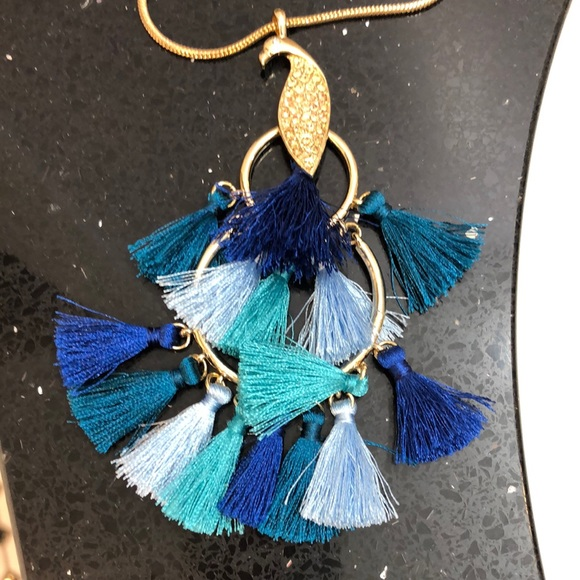 NWT Lilly Pulitzer Peacock Tassel Necklace.